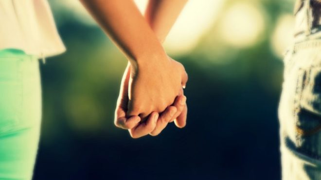 Hands-Together-Love-Wallpapers-800x450